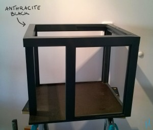 Frame painted with anthracite black